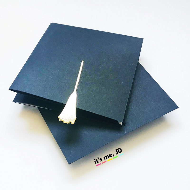 Origami Money Graduation Caps + Tassels - Sugar and Charm | 800x800