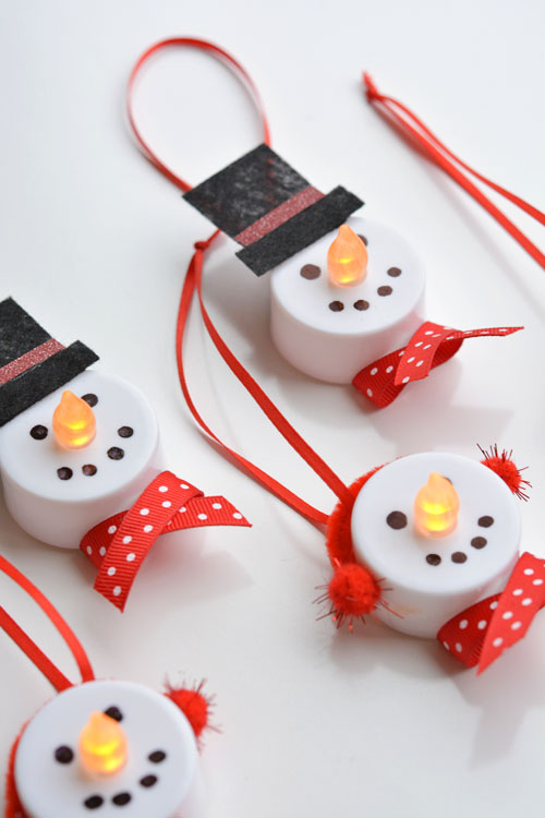 It's NEVER too soon to start Christmas Crafts - and your tree will need these Snowman Ornaments on it!