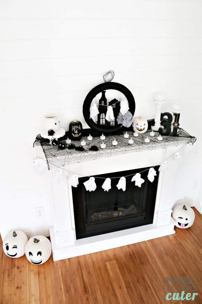 lack and white Halloween decorations are totally trendy of course, but for good reason, a little spooky, but mostly fun…it's just the best!