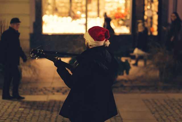 17 Christmas Song Captions To Use In Your Next Holiday Post (1)