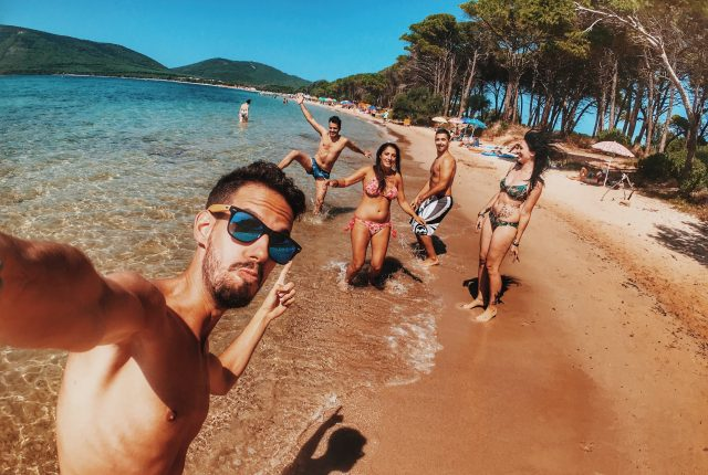 Best Beach Puns and Quotes For The Perfect Instagram Caption