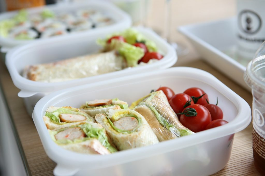 How To Organize Tupperware And Food Storage Containers (Once And For All!)